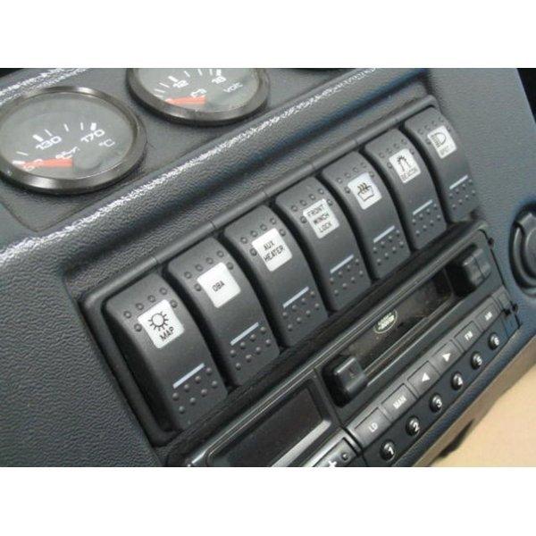 Centrale Radio-Console voor Defenders productiejaar 1999 tot 2001